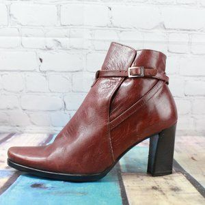 PAOLA FERRI Heeled Ankle Boots Italy Made Size 37